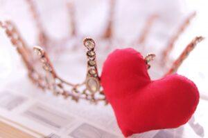 ハート王冠